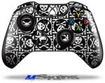 Skull Patch Pattern Bw - Decal Style Skin fits Microsoft XBOX One Wireless Controller