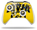 Iowa Hawkeyes Tigerhawk Oval 01 Black on Gold - Decal Style Skin fits Microsoft XBOX One X and One S Wireless Controller