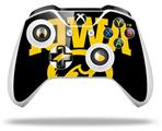 Iowa Hawkeyes Tigerhawk Oval 01 Gold on Black - Decal Style Skin fits Microsoft XBOX One X and One S Wireless Controller