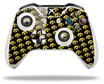 Iowa Hawkeyes Tigerhawk Tiled 06 Gold on Black - Decal Style Skin fits Microsoft XBOX One X and One S Wireless Controller