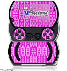 Skull And Crossbones Pattern Pink - Decal Style Skins (fits Sony PSPgo)