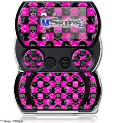 Skull and Crossbones Checkerboard - Decal Style Skins (fits Sony PSPgo)